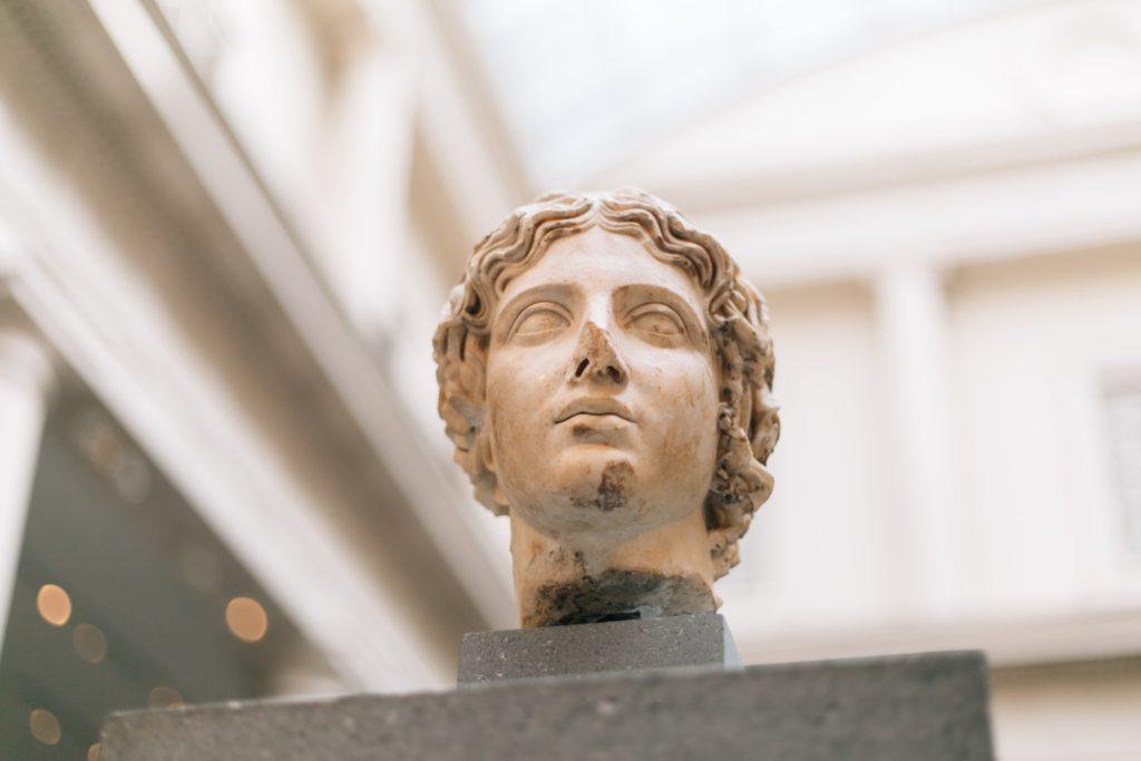 cleopatra estatua y astronomia en el antiguo egipto